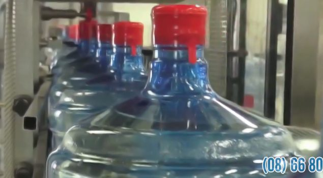 Bên trong nhà máy nước khoáng LaVie 2,4 triệu USD